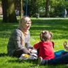 islamitisch gezin in een park