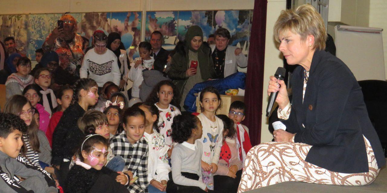 Prinses Laurentien bezocht taalmarkt