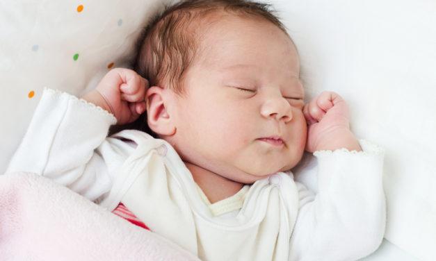 Gehoortest pasgeboren baby's tijdelijk stop gezet